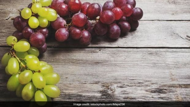 Calories In Grapes: Here's Why You Should Add This Superfood To Your Diet