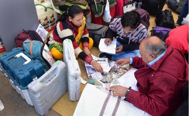गुजरात विधानसभा चुनाव मे हार के बावजूद बढ़ा कांग्रेस का वोट शेयर