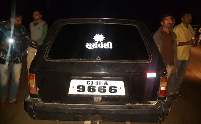gujarat priest attacked car ani