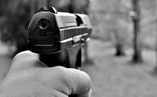 Boy Shoots Girl With Father's Pistol, Turns It On Himself