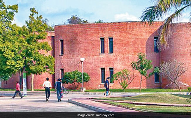 64% Drop In JEE Advanced Qualifiers, MHRD Steps In