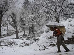 Severe Cold Wave Continues In Kashmir Valley