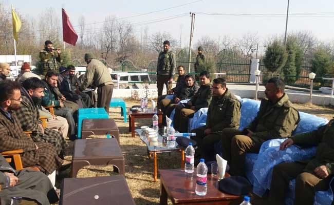 आतंकी बने कश्मीरी युवाओं की घर वापसी के लिए अब पुलिस पहुंची उनके घर