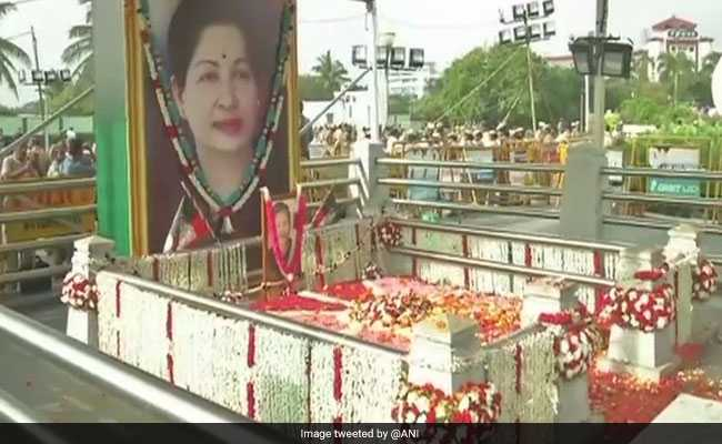 Jayalalithaa Death Anniversary: Black-Clad EPS,OPS Lead Silent march
