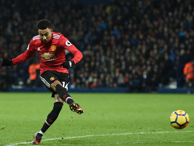 EPL: Lingard Rescues Manchester United; Tottenham Rout Southampton
