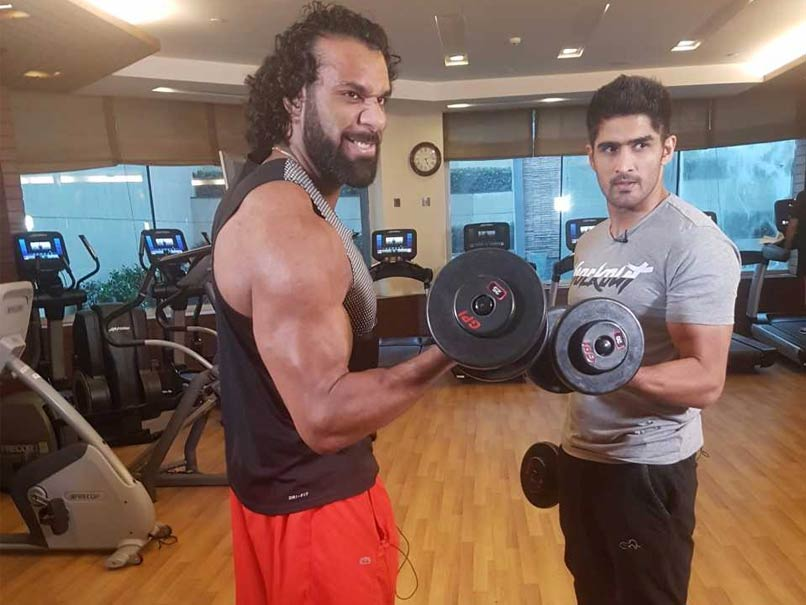 WWE India Tour: Jinder Mahal Trains With Vijender Singh Ahead Of Mega Clash With Triple H