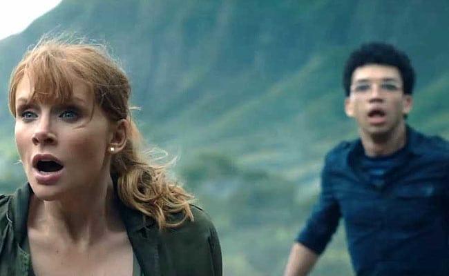 Jurassic World Fallen Kingdom: खतरनाक और बेकाबू हो गए हैं डाइनोसॉर, भगा-भगाकर मार रहे हैं लोगों को