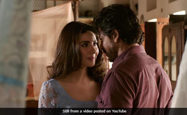 'We Have Wronged Mahira Khan,' Says Raees Director