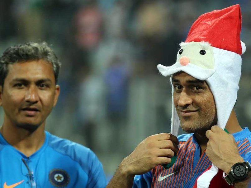 India vs Sri Lanka: MS Dhonis Santa Look Has Twitter In A Meltdown