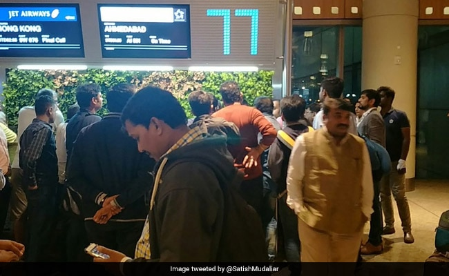 12 Flights Cancelled, 235 Delayed At Mumbai Airport
