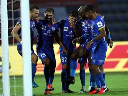 ISL 2017: Mumbai City FC Beat NorthEast FC 2-0