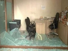 Mumbai Congress Office Vandalised As MNS-Nirupam Feud Worsens