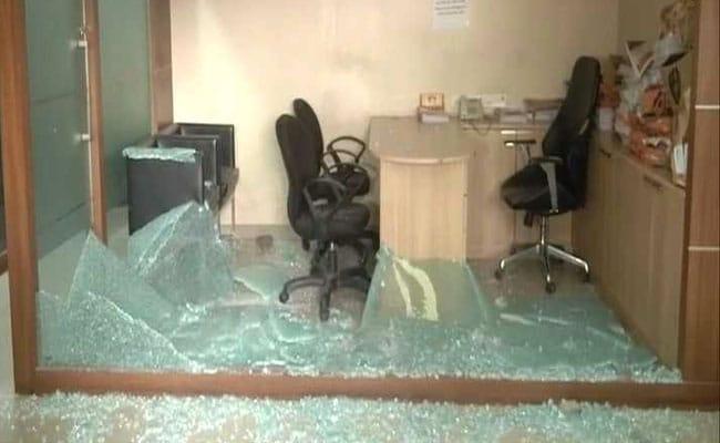Mumbai Congress Office Vandalised As MNS-Nirupam Feud Worsens