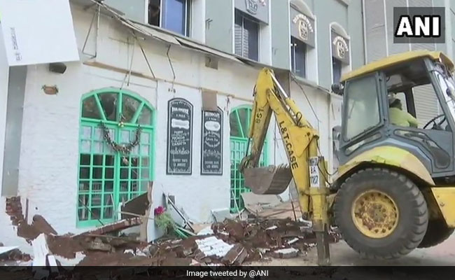 Mumbai Civic Body Demolishes Parts Of 14 More Hotels And Restaurants