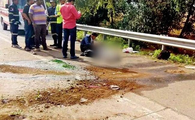 mumbai pune expressway accident midday