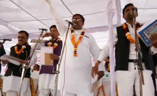 UP Corporator Who Took Oath In Urdu Charged With 'Intent To Hurt Religious Sentiment'