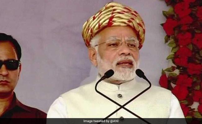 पीएम मोदी ने कांग्रेस का उड़ाया मजाक, कहा, 'बुलेट ट्रेन का विरोध करने वाले बैलगाड़ी से सफर करें'