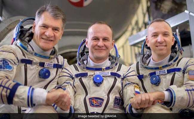 3-Man Crew Returns From International Space Station: NASA TV