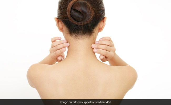 गर्दन की टैनिंग हटाने के पांच आसान तरीके