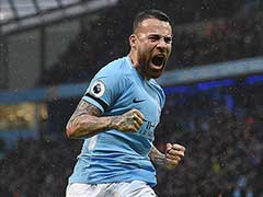 Manchester City Beat Manchester United 2-1 To Remain Unbeaten In Premier League