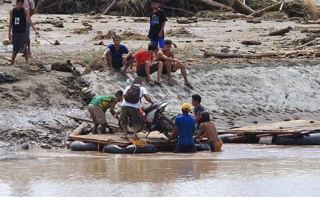 Rescuers Search For Philippine Storm Victims As Toll Rises To 200