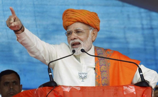 After 'PM not real Hindu' remark, Sibal targets Modi over Mandir issue