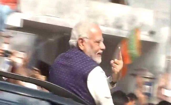 NEWS FLASH: प्रधानमंत्री नरेंद्र मोदी विश्वसनीयता के संकट से जूझ रहे हैं : राहुल गांधी