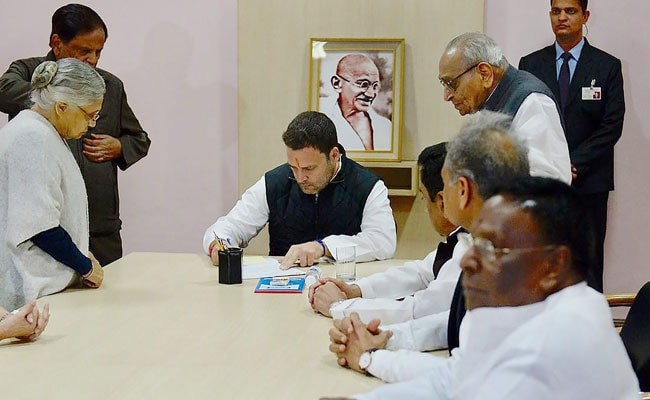 rahul gandhi files nomination pti