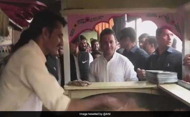 In Break From Hectic Campaigning In Gujarat, Rahul Gandhi Stops At Pav Bhaji Stall