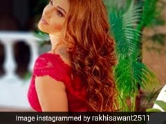 Rakhi Sawant In Rajeev Khandelwal Chat Show Juzz Baatt With Arshi Khan