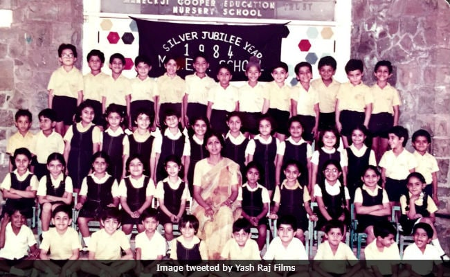 Rani Mukerji, Amitabh Bachchan Take Us Back To School
