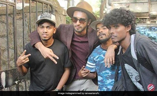 'पद्मावती' की रिलीज को तरस रहे रणवीर सिंह करने लगे रैप, बन गए हैं Gully Boy