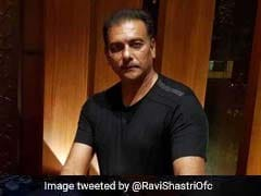 टीम इंडिया के कोच रवि शास्त्री ने इस अंदाज में दी नए साल की बधाई, फैंस बोले-'DJ वाले बाबू...'