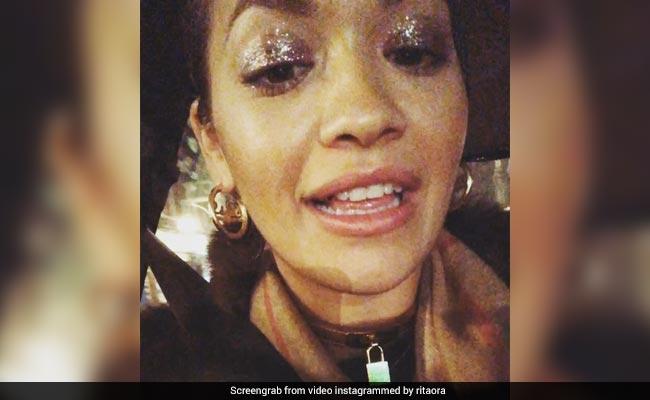 'सोने के दांत' को लेकर सोशल मीडिया पर ट्रोल हुईं हॉलीवुड सिंगर, क्या आपने वीडियो देखा?
