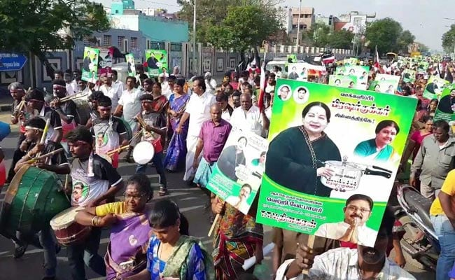 Campaign Ends For RK Nagar By-Polls Amid Bribery Allegations Against AIADMK