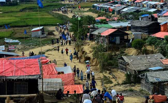 Bangladesh Asks Myanmar To Pull Back Troops From Border Area Housing 6,000 Rohingya