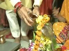 गुजरात में मतदान से पहले पूजा-पाठ और ग्रेटर नोएडा में मर्डर केस में आज हो सकता है बड़ा खुलासा, पढ़ें- अब तक की 5 बड़ी खबरें