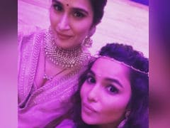 At Sagarika Ghatge's Wedding, A <I>Chak De!</i> Selfie Of Rivals Preeti And Komal