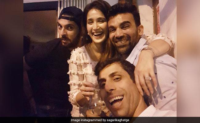 Inside Sagarika Ghatge And Zaheer Khan's Christmas Celebrations With Yuvraj Singh And Others