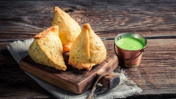 Samosa With Aloo? Nah! Try These 6 Fusion Samosas Instead