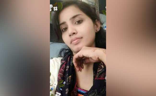 हैदराबाद : 24 साल की युवती पर मिट्टी का तेल डालकर जिंदा जलाया, लड़की की मौत, आरोपी गिरफ्त में