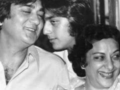 Sanjay Dutt's Throwback Pic With Mom And Dad Is Giving Us Feels