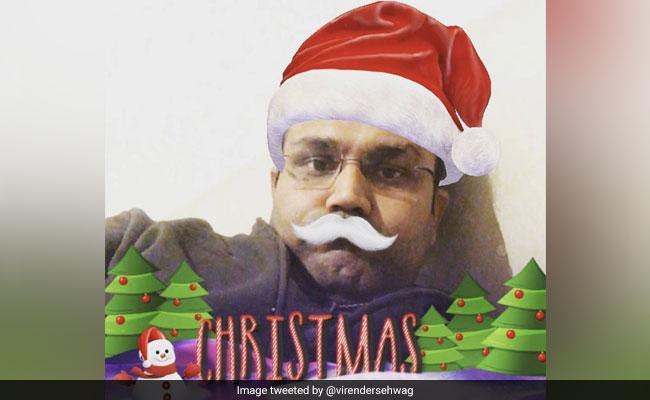 क्रिकेटर्स ने कुछ इस तरह मनाया क्रिसमस, धवन ने किया डांस तो सहवाग बने सैंटा क्लॉस