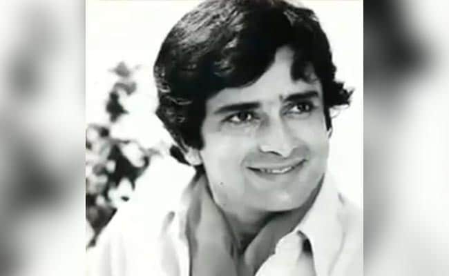 Remembering Shashi Kapoor: The Superstar Of Bollywood