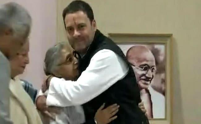 ...जब दागियों पर आए अध्यादेश को बेकार बताकर कांग्रेस को शर्मिंदा कर दिया था राहुल गांधी ने