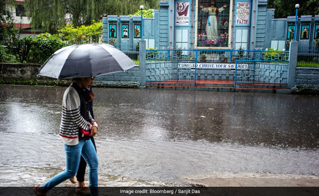 Amateur Weathermen Are Tackling Climate Change In India