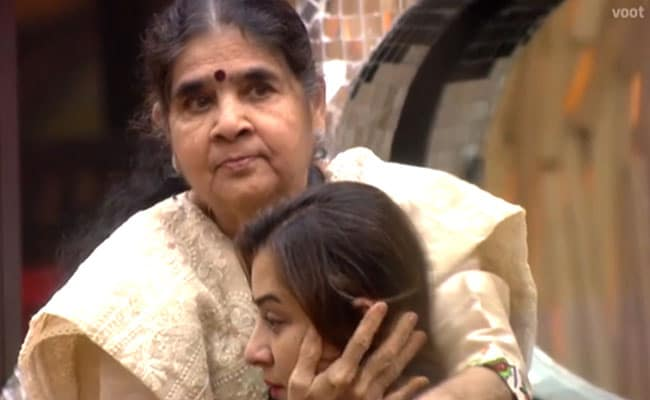shilpa shinde mother