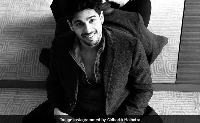 Sidharth Malhotra's 'Sorry, I'm Done' Tweet Makes Fans Anxious, Then Angry