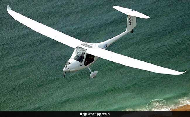 Indian Woman Pilot, Daughter To Glide Around The World In 80 Days