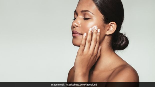 6 Natural Exfoliators That Should Be Your Best Friends This Winter!